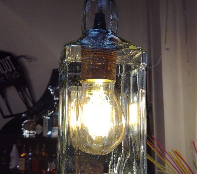 Osvětlení baru Side Street v Olomouci